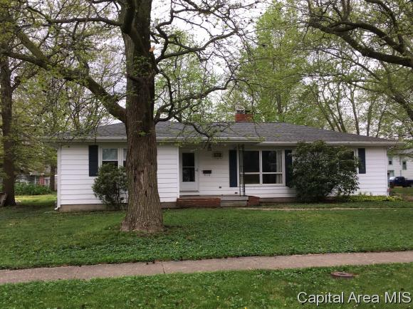 Ranch, Residential,Single Family Residence - Waverly, IL (photo 2)