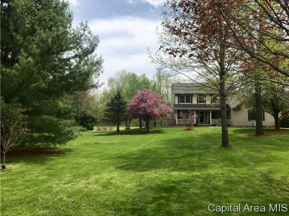 Residential,Single Family Residence, 2 Story - Athens, IL