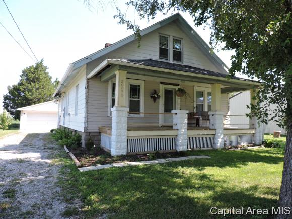 1.5 Story, Residential,Single Family Residence - Athens, IL