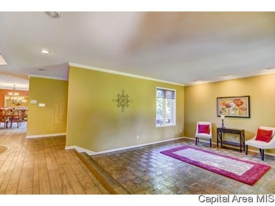 2 Story,Tudor, Residential,Single Family Residence - Springfield, IL (photo 4)