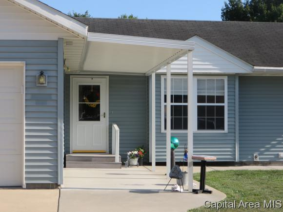 Ranch,1 Story, Residential,Single Family Residence - Farmersville, IL (photo 2)
