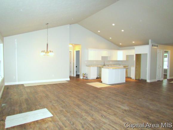 Ranch, Residential,Single Family Residence - Riverton, IL (photo 2)