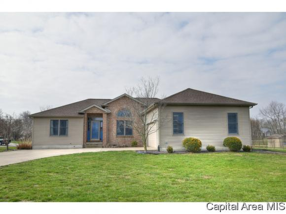 1 Story, Residential,Single Family Residence - Virden, IL (photo 2)