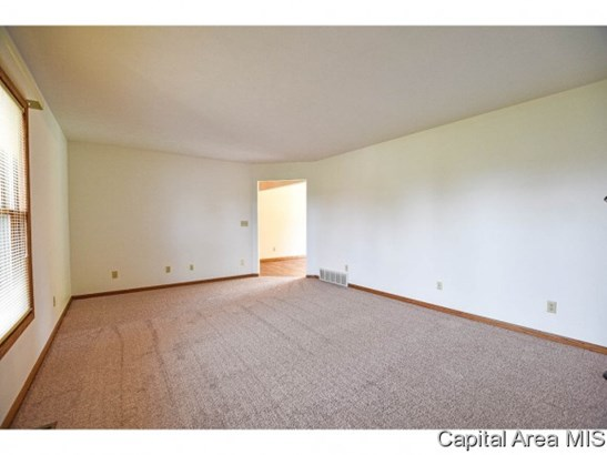 Ranch, Residential,Single Family Residence - Athens, IL (photo 4)