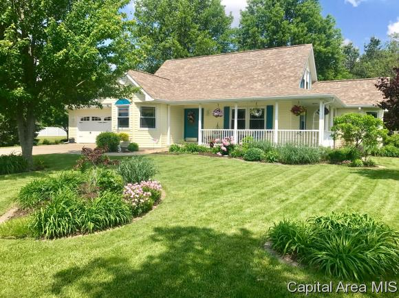 1.5 Story, Residential,Single Family Residence - Virden, IL (photo 1)