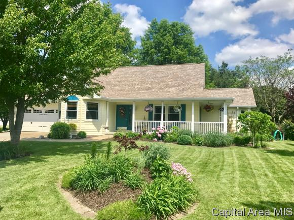 1.5 Story, Residential,Single Family Residence - Virden, IL (photo 2)