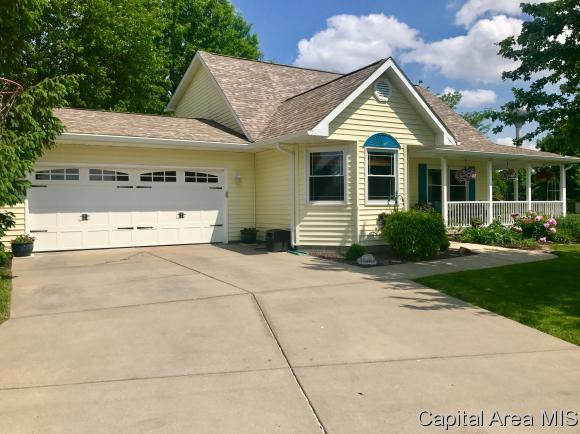 1.5 Story, Residential,Single Family Residence - Virden, IL (photo 3)