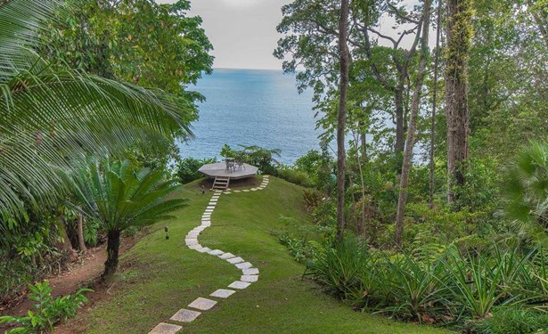Beachfront, Dominical - CRI (photo 4)
