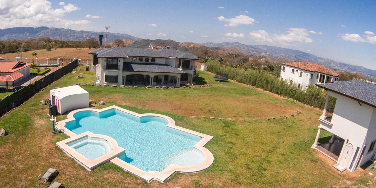 Villas Del Arroyo, La Guácima - CRI (photo 2)