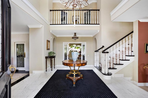 585 River Hills Court, Simi Valley, CA - USA (photo 2)