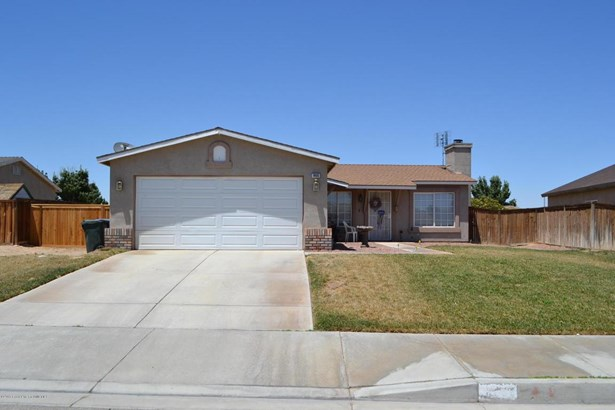 10632 Moorefield Circle, Adelanto, CA - USA (photo 3)