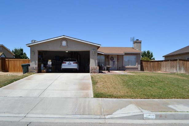 10632 Moorefield Circle, Adelanto, CA - USA (photo 4)
