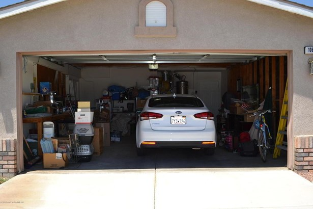 10632 Moorefield Circle, Adelanto, CA - USA (photo 5)