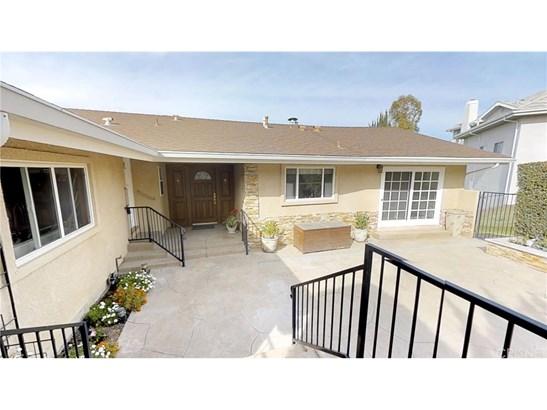 22261 Cass Avenue, Woodland Hills, CA - USA (photo 2)
