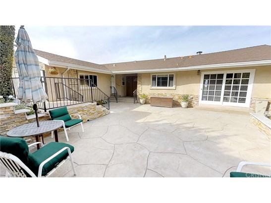 22261 Cass Avenue, Woodland Hills, CA - USA (photo 3)