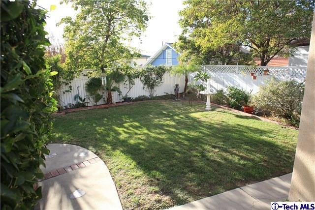 1132 East Elmwood Avenue, Burbank, CA - USA (photo 5)