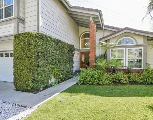 1051 Thornwood Street, Glendale, CA - USA (photo 3)
