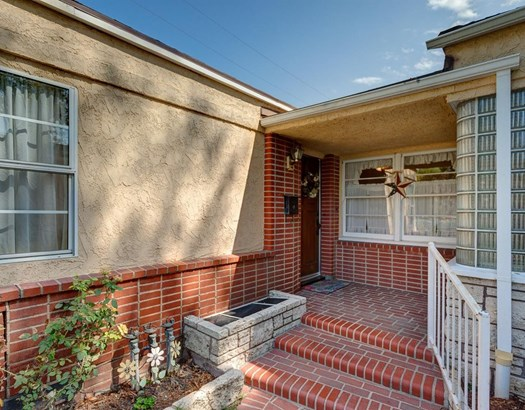 610 South Orchard Drive, Burbank, CA - USA (photo 2)