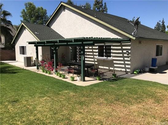 7540 Melba Avenue, West Hills, CA - USA (photo 2)