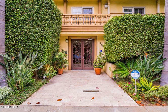 11803 Goshen Avenue Ph1, Los Angeles, CA - USA (photo 2)