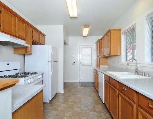 919 East Olive Avenue, Burbank, CA - USA (photo 4)