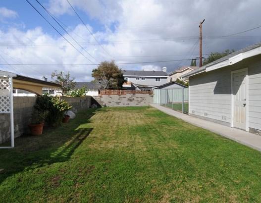919 East Olive Avenue, Burbank, CA - USA (photo 5)