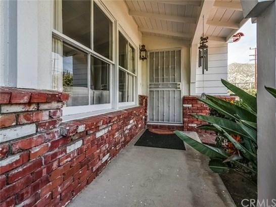 13673 Glenoaks Boulevard, Sylmar, CA - USA (photo 2)