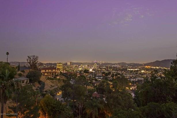 240 Kempton Road, Glendale, CA - USA (photo 4)