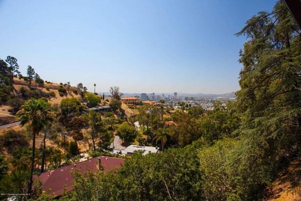 240 Kempton Road, Glendale, CA - USA (photo 5)