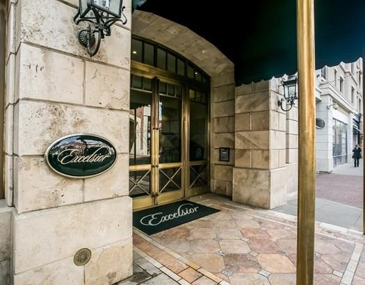 219 Caruso Avenue, Glendale, CA - USA (photo 3)