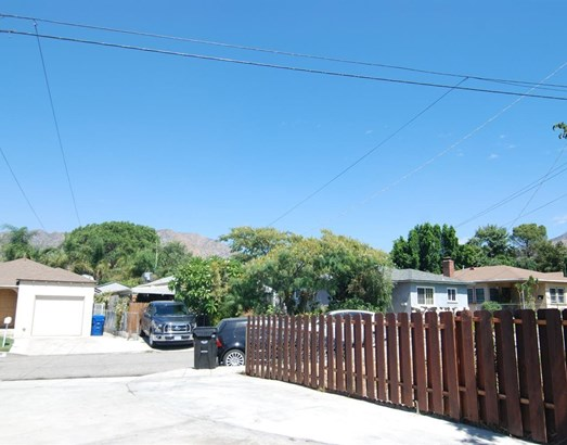 8250 Fenwick Street, Sunland, CA - USA (photo 4)