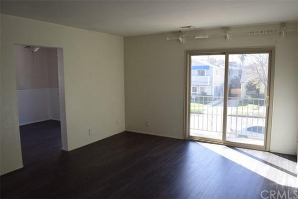 430 N Shelton Street, Burbank, CA - USA (photo 2)