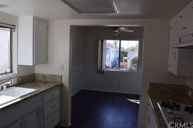 430 N Shelton Street, Burbank, CA - USA (photo 4)