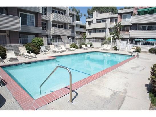 20235 Keswick Street 314, Winnetka, CA - USA (photo 2)