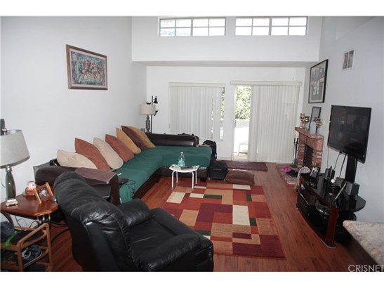 20235 Keswick Street 314, Winnetka, CA - USA (photo 3)
