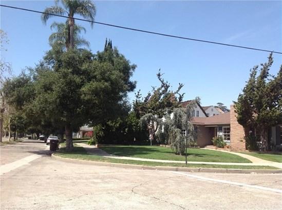 2401 Park Boulevard, Santa Ana, CA - USA (photo 4)