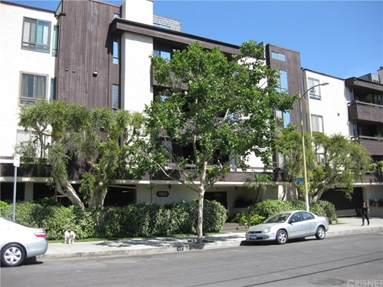 4822 Van Noord Avenue 17, Sherman Oaks, CA - USA (photo 1)