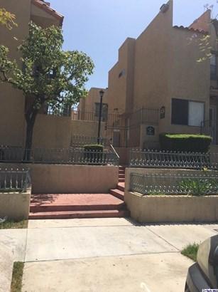 10260 Plainview Avenue 43, Tujunga, CA - USA (photo 1)