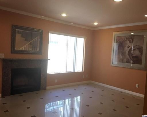 10260 Plainview Avenue 43, Tujunga, CA - USA (photo 4)