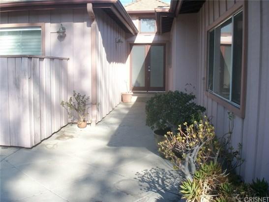 6624 Mammoth Avenue, Van Nuys, CA - USA (photo 2)