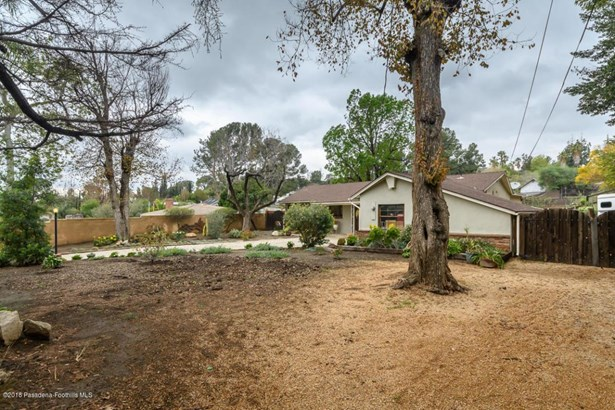 10401 Mcbroom Street, Shadow Hills, CA - USA (photo 3)