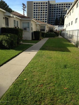 11013 Hartsook Street 1-4, North Hollywood, CA - USA (photo 1)