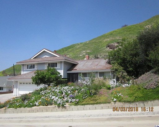 11555 Jeff Avenue, Lakeview Terrace, CA - USA (photo 3)