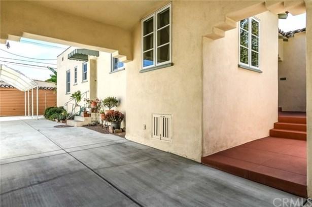 340 W Linden Avenue, Burbank, CA - USA (photo 2)
