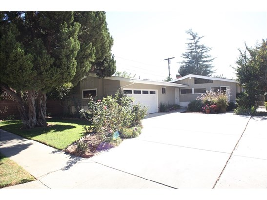 15114 Archwood Street, Van Nuys, CA - USA (photo 1)