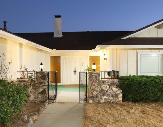17622 Arvida Drive, Granada Hills, CA - USA (photo 2)