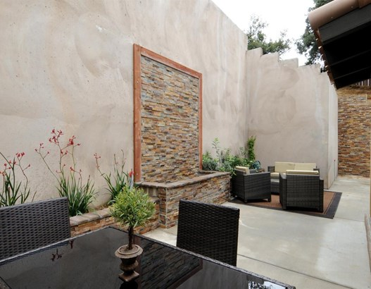 2566 East Chevy Chase Drive, Glendale, CA - USA (photo 5)