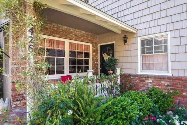 2426 Janet Lee Drive, La Crescenta, CA - USA (photo 3)