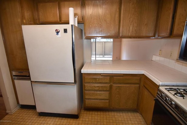 2504 East Willow Street 101, Signal Hill, CA - USA (photo 4)