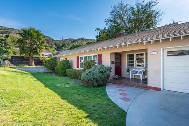 10125 Eldora Avenue, Sunland, CA - USA (photo 2)